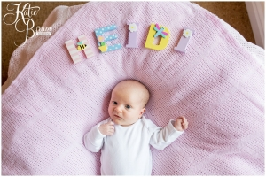katie byram photography, newborn photoshoot, family photographer newcastle, relaxed newborn photos, newborn photographs at home,