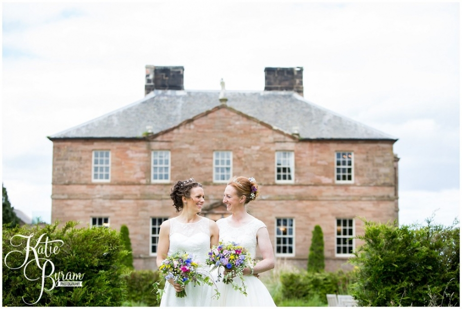 newton hall wedding, two brides wedding, katie byram photography, northumberland wedding venue, wedding venue northumberland coast