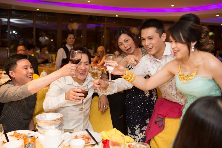 chinese wedding toasts, chinese wedding, chinatown wedding newcastle, newcastle upon tyne, katie byram photography, british chinese wedding, vermont hotel, vermont hotel wedding, newcastle city centre wedding venue, newcastle wedding venue, north east chinese wedding