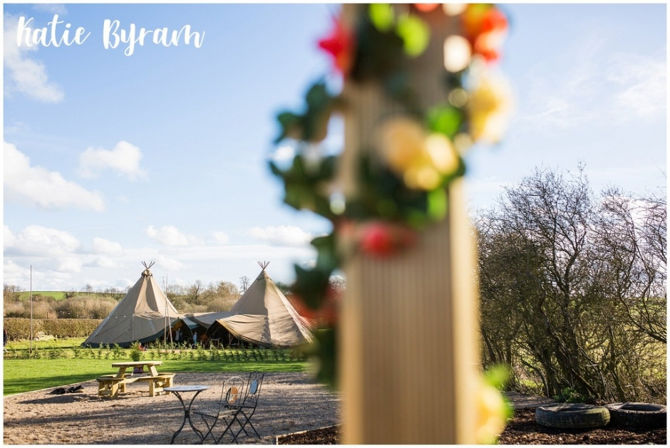 horseshoe farm, tipi wedding venue, diy wedding, yorkshire wedding venue, rustic farm wedding, rustic wedding venue, farm wedding yorkshire, wetherby wedding venue,
